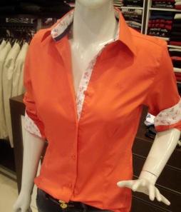 Camisa social feminina por R$ 64